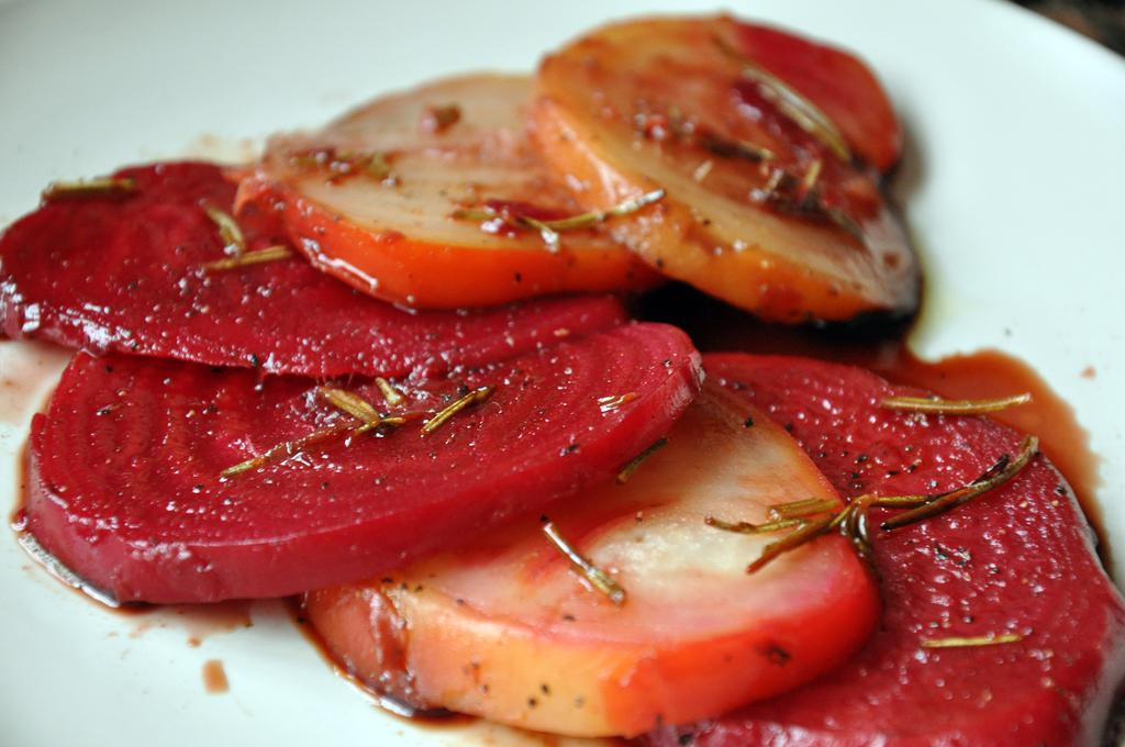 roasted-beets-with-balsamic-honey-glaze_final.jpg